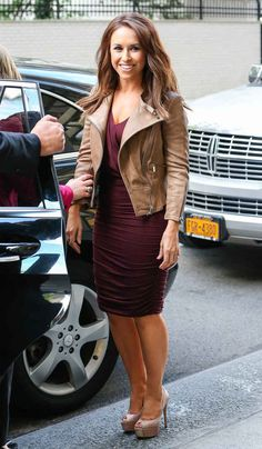 4. Lacey Chabert Is Out And About In New York City   The Most Fab Or Drab Celebrity Outfits Of The Week
