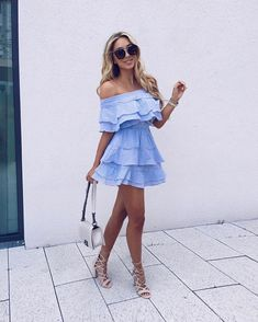 60 Trending Fall Street Style Outfits To Copy Right Now Look Fashion, Fashion Outfits, Womens Fashion, Fashion Trends, Classy Fashion, Blue Fashion, Fashion Styles, Dress Fashion, Fashion Clothes