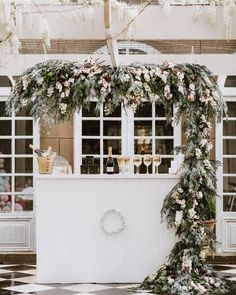 Stunning floral wedding decoration ideas that will give added color and structure to your reception! These 25 unique floral wedding ideas will help you plan your own perfect and stylish wedding venues. Arco Floral, Floral Arch, Floral Garland, Firefly Wedding, Floral Wedding, Wedding Flowers, Wedding Designs, Wedding Events, Wedding Receptions