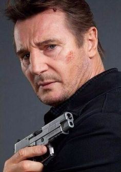 Liam Neeson Liam Neeson Movies, Actor Liam Neeson, Beautiful Couple, Beautiful Men, Liam Neeson Taken, Natasha Richardson, Deep Set Eyes, Actrices Hollywood, The Expendables