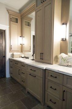 Master bathroom remodel, marble countertop | Interior designer: Carla Aston- Photographer: Tori Aston