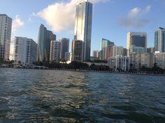 Miami es lo que La Habana no pudo ser; pero sin libreta y sin Fidel.