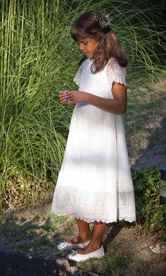 vestidos de comunion sencillos de broderie - Buscar con Google
