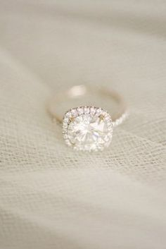 We Dare You Not To Buy These Wedding Engagement Ring Halos - Reverie