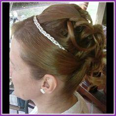 Peinados clásico y romantico