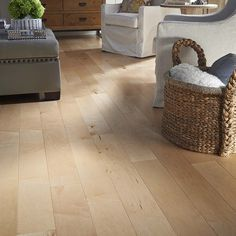 Shop Pergo Max 5.36-in W Prefinished Maple Locking Hardwood Flooring (Natural) at Lowes.com