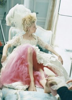 Pop queen. Shoe on the way. Marie Antoinette. '06.