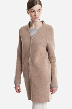 Camel, Pullover, Sweaters, Fashion, Moda, Fashion Styles, Camels, Sweater, Fashion Illustrations