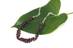 Who doesn't love the beauty of garnets! Teardrop Garnet and Sterling Silver by Heart Jewelry, Unique Jewelry, Semi Precious Gemstones, Sterling Silver Necklaces, Garnet, Swarovski Crystals, Beading, Hearts, Jewellery