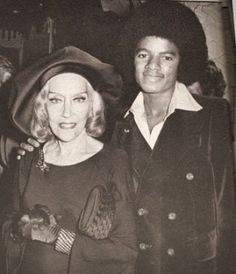 MJ and famous actress Gloria Swanson at the Studio 54 where the cast of The Wiz hold a party in Michael Jackson's honour. October 25 1977 New York city
