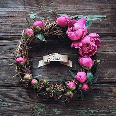 #pink #garden #wreath #peony #june #flowers #flowergram #summer #summertime #instagramrussia #Instagraminrussia #floral #инстаграмнедели #пионы #pinkpeonywreath #TheCircleOfSeasons