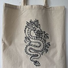 Embroidery On Clothes, Embroidery Bags, Shirt Embroidery, Hand Embroidery Patterns, Blackwork Patterns, Blackwork Embroidery, Diy Tote Bag, Tote Bags Handmade, Beginner Knitting Patterns