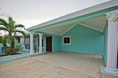 Aquiles Rojas - Real Estate Advisor: Casa Comoda - 32006 - RD$3,600,000