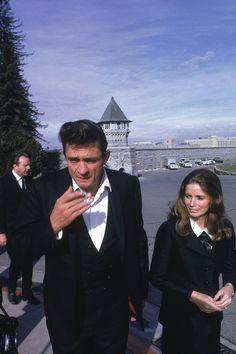 1968: Photos of Johnny Cash's legendary Folsom Prison performance