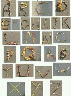 Alphabet Art, Alphabet Activities, Letter Art, Land Art, Forest School Activities, Ecole Art, Camping Crafts, Nature Crafts, Outdoor Art