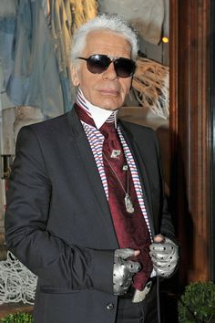 Karl Lagerfeld necklace and pins Karl Lagerfeld, Chanel Brand, Chanel Designer, Fendi, German Fashion, French Fashion Designers, Mademoiselle, Chanel Paris, Pharrell Williams