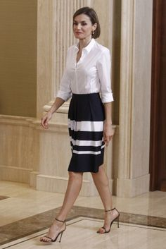 Queen Letizia of Spain receives 'Europa Scholarship' pupils at the Zarzuela Palace on July 17, 2015 in Madrid, Spain.