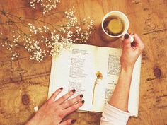 Tea, Coffee, and Books : Photo