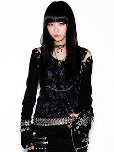 Rokku Gyaru: Yura Peko in either Algonquins or SEX POT ReVeNGe....