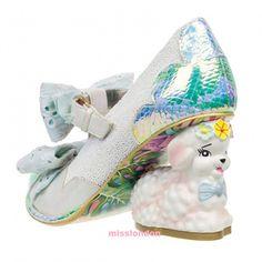 """""""ゆめかわいい""""ならコチラの海外ブランド!空想的な""""Irregular Choice""""がやみツボ☆  ゆめかわいいアイテムが人気な今、靴でオススメと言ったら""""Irregular Choice""""!空想的なデザインが靴としてだけじゃなくインテリアにもなって持ってるだけで幸せな気持ちにしてくれます♡  BUYMA.com ひつじ年限定!IRREGULAR CHOICE☆LAMMIE(ホワイト)(15418059)  http://charismatalk.jp/CHARISMATALK/articles/xMS295ha?page=2"""
