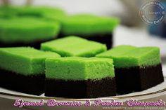 Steamed Brownies & Pandan Cheesecake (Brownies Kukus Lapis Cheesecake Pandan)