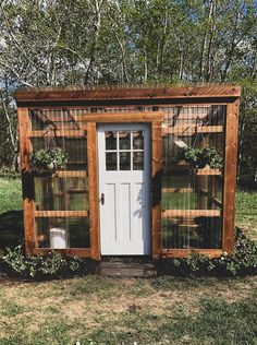 Diy Greenhouse Plans, Lean To Greenhouse, Backyard Greenhouse, Backyard Landscaping, Diy Small Greenhouse, Design Jardin, Garden Design, Outdoor Projects, Garden Projects