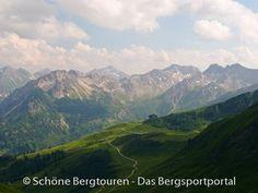 Blick zur Mittelstation der Fellhornbahn, Allgäuer Alpen - Foto: Mario Hübner