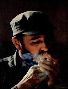 this happened too Fidel Castro, Political Figures, Political Views, Viva Cuba, Champions Of The World, Caribbean Culture, Soul On Fire, Havana Cuba, Che Guevara