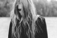 Znalezione obrazy dla zapytania smutna dziewczyna tumblr