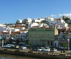 Ferragudo: traditioneel Portugees plaatsje in de Algarve.