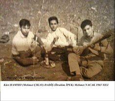 Kurdish mucians. Kurdish HAMMO (Mehmet ÇIKAY) DADİŞ (İbrahim İPEK) Mehmet NACAK Kurdish folk instrumet Tambur, 1965