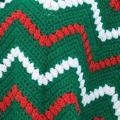 Ravelry: Tis the Season Throw - free pattern by Marianne Forrestal - ripple blanket with popcorn stitch feature row Chevron Crochet Patterns, Zig Zag Crochet, Crochet Blanket Patterns, Crochet Designs, Free Crochet, Free Knitting, Afghan Patterns, Knitting Ideas, Crochet Baby