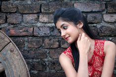 Summiyya Mohammed Prema Janta Stills - HD Gallery Image 108 Beautiful Blonde Girl, Beautiful Girl Photo, Beautiful Girl Indian, Beautiful Indian Actress, Sweet Girl Pic, Cute Girl Photo, Stylish Girl Images, Stylish Girl Pic, Cute Beauty