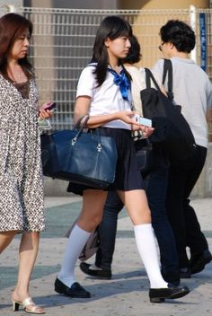 School Uniform Fashion, School Girl Outfit, School Uniform Girls, Girls Uniforms, High School Girls, Girl Outfits, Fashion Outfits, School Costume, School Girl Japan