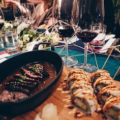 COM 🍷 we celebrated the new sommelier and learned about our wine style. They are featuring Rebels & Icons of the wine world in a month-long quest to help you discover your personal wine style. Personalized Wine, White Wine, Alcoholic Drinks, Icons, Instagram, Food, Style, Alcoholic Beverages, Meal