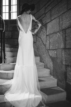 Manon Gontero - Créatrice de robes de mariée - Marseille | modèle: Noces de jade | Crédits: Laurent Brouzet | Donne-moi ta main - Blog mariage --- #RobesDeMariée #mariage #wedding #WeddingDresses #WeddingDress #Bride #brides #Mariée #FutureMariée #Créatrice #mariagerock #rock #romantique #ManonGontero #marseille #france