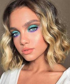Wavy Attractive Short Hairstyles ❤️ Are you curious to find out creative ideas of exquisite blunt bob hairstyles? Have a look at our collection and get inspired! makeup looks 18 Blunt Bob Hairstyles to Wear This Season Makeup Eye Looks, Creative Makeup Looks, Cute Makeup, Makeup For Eyes, Makeup For Blue Eyes, Hair And Makeup, Teal Eye Makeup, Mint Makeup, Purple Makeup Looks