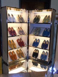 {via Fashion Estasi} shoe retail display