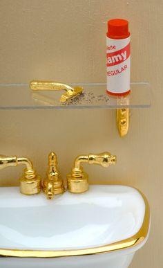 Bathroom miniatures - Rebecca Reeves