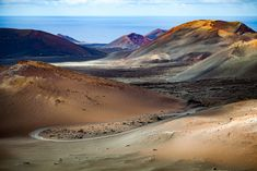 Timanfaya Volcano, Timanfaya National Park, Lanzarote, Canary Islands, Spain (Timanfaya colors - Andrés Nieto Porras)