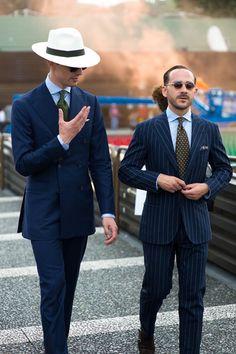 Shibumi Berlin - Benedikt Fries (à droite) / Costumes / Couleurs / Accords / Coupes