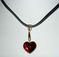 BACCARAT Ruby Red Baby Coeur Heart Dangle Charm 18K 750 Black Leather Necklace
