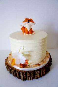 Woodland baby shower cake topped with a baby fox #buttercream #baby
