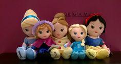 Cenerentola, Anna, Belle, Elsa e Biancaneve...morbidissime principesse Disney tutte da abbracciare