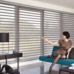 Solskydd - Aubergine Design inredningsbutik i Strängnäs Blinds For Windows, Curtains With Blinds, Modern Curtains, Window Blinds, Window Coverings, Window Treatments, Persiana Sheer Elegance, Zebra Blinds, Zebra Curtains