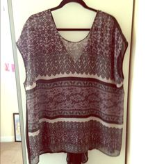 Flowing black cream and light purple top. Sheer lightweight high-low top. Excellent condition. Fits 2x-3x.NO Trades Tops