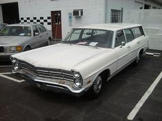 SUMMER FUN, 1967 FORD COUNTRY SQUIRE STATION WAGON, 390cu. in. V-8, AUTO!