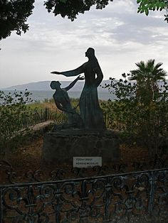 """""""Feed my sheep"""": A statue depicting Jesus and Peter in Tabgha, the Sea of Galilee."""