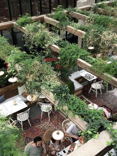restaurant deko Ideas For Cafe Patio Design Re - Outdoor Restaurant Design, Deco Restaurant, Terrace Restaurant, Restaurant Seating, Restaurant Interior Design, Restaurant Marketing, Cafe Design, Patio Design, Restaurant En Plein Air