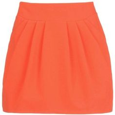 A nectarine skirt pairs well with a white top